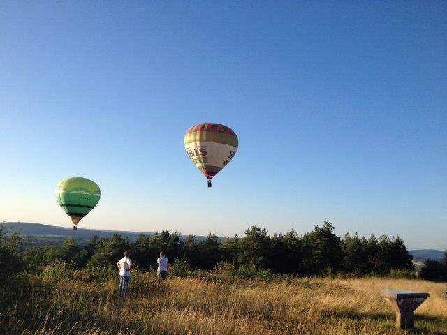 arrivée de montgolfières