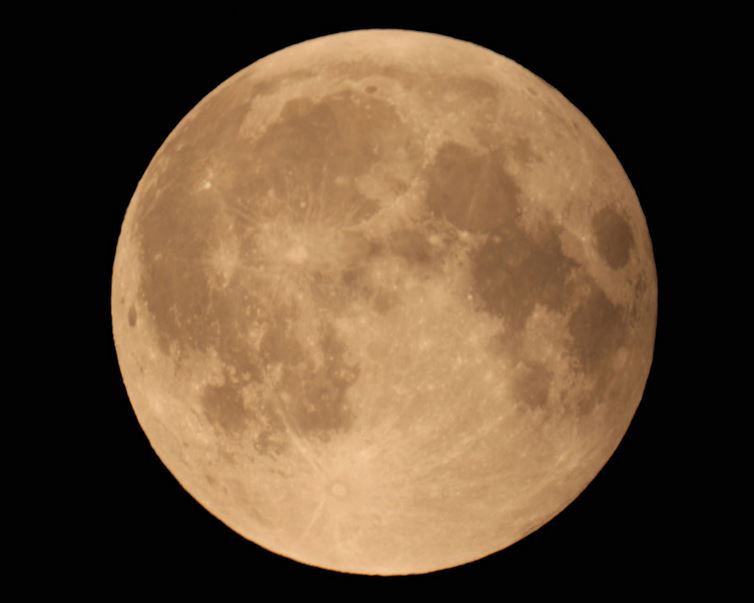Pleine Lune est revenue