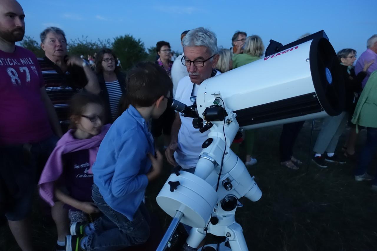 Daniel et les astronomes en Herbe